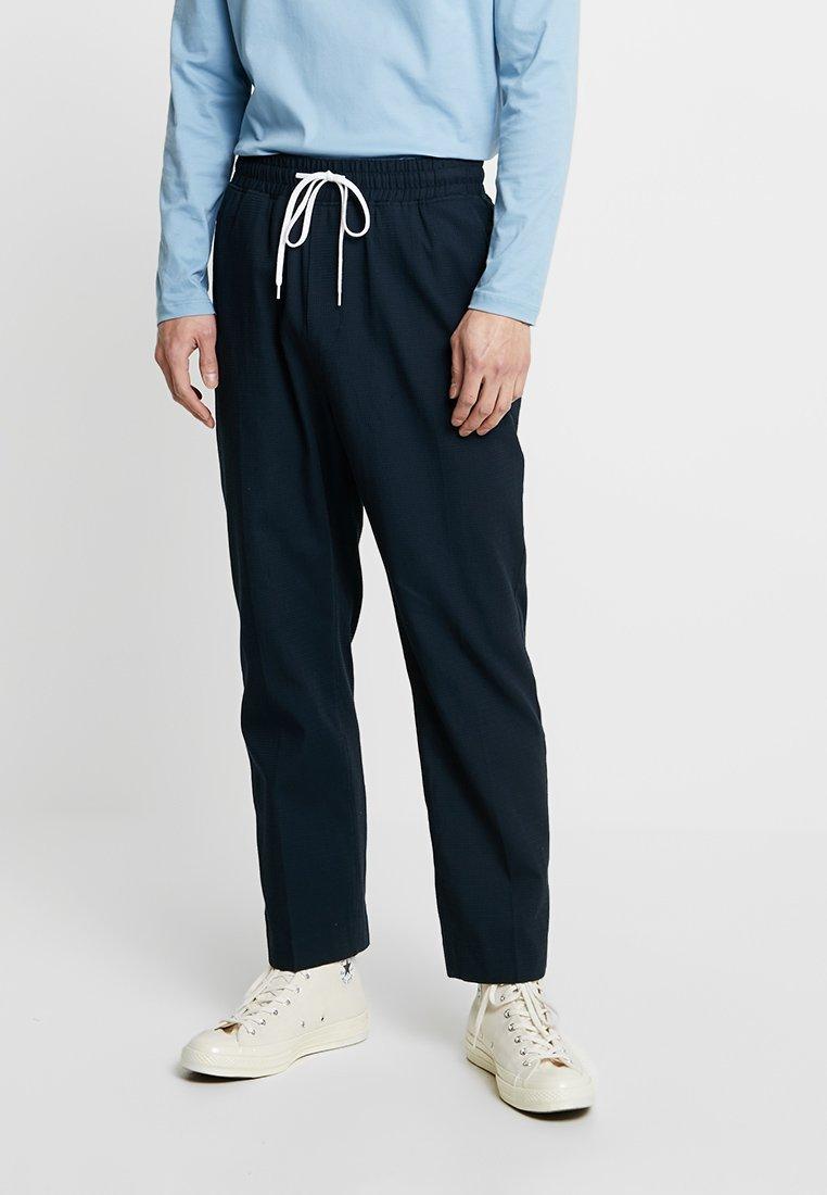 TrousersPantalon Navy Grim TrousersPantalon Classique Grim Weekday Weekday gYvm7fb6Iy