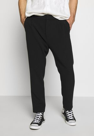 MARD TROUSERS - Tygbyxor - black