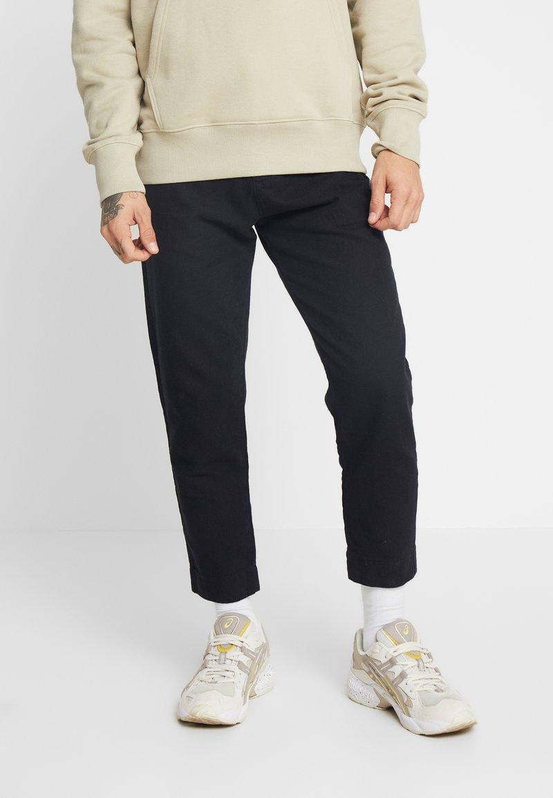 Weekday - ARBUS TROUSERS - Trousers - black