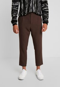 Weekday - MARD TROUSERS - Pantaloni - mottled brown - 0