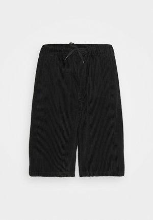 BRAVO  - Shortsit - black