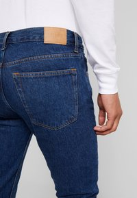 Weekday - ALLEY NON STRETCH FIT - Jeans Slim Fit - state blue - 5