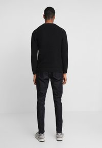 Weekday - CONE DARK RINSE - Jeans Tapered Fit - blue - 2