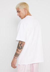 Weekday - GREAT - T-shirts - white - 2