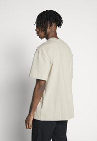 Weekday - GREAT  - T-shirt basique - beige - 2