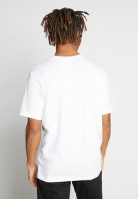 Weekday - FRANK - T-shirt - bas - white - 2