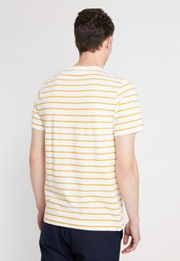 Weekday - JAMIE  - Print T-shirt - yellow/white - 2