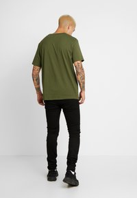 Weekday - FRANK - Basic T-shirt - dark green - 2