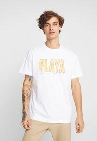 Weekday - BILLY PLAYA GRANDE - T-shirt print - white - 0