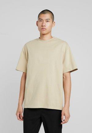 GREAT - Basic T-shirt - beige