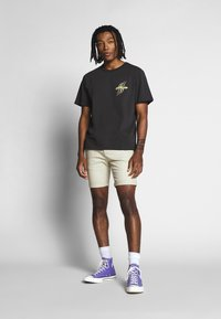 Weekday - TOMMIE DEMETRIC - Print T-shirt - black - 1