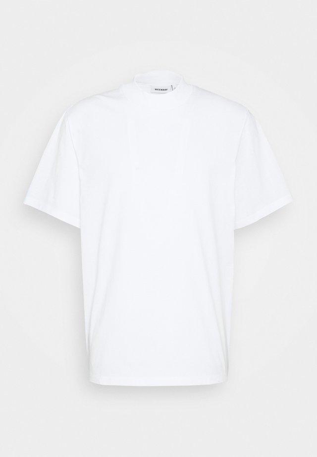 URBAN MOCKNECK - T-shirt basic - white