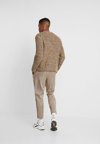 Weekday - EDDIE CROPPED - Sweter - multicolor - 2