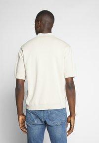 Weekday - BELDON SHORTSLEEVE - Polo shirt - beige - 2