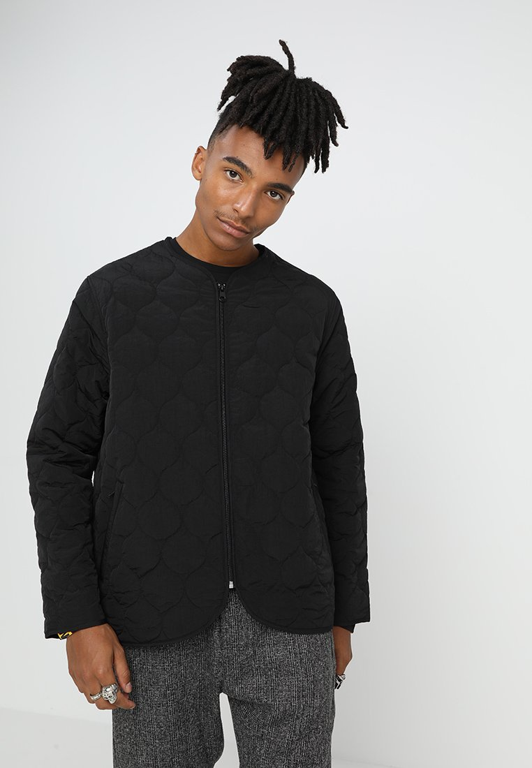 Weekday - MAKALU QUILTED JACKET - Übergangsjacke - black