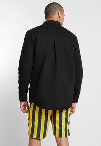 Weekday - ZIP TUNED  - Denim jacket - tuned black - 2