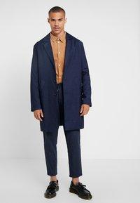 Weekday - LEWIS TOPCOAT - Zimní kabát - dark blue - 1