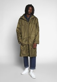 Weekday - FLORIAN WIND - Impermeable - green - 0