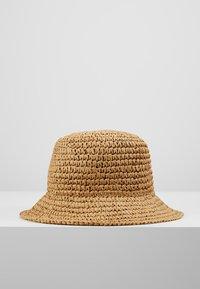 Weekday - VIOLA BUCKET HAT - Hut - natural - 3