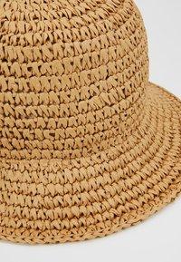 Weekday - VIOLA BUCKET HAT - Hut - natural - 5