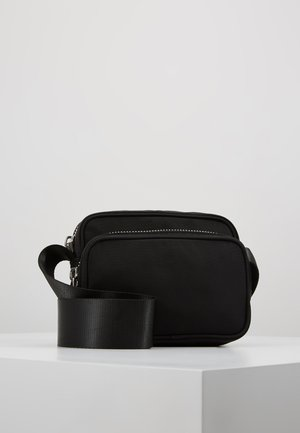 SUND CROSSBODY BAG - Schoudertas - black