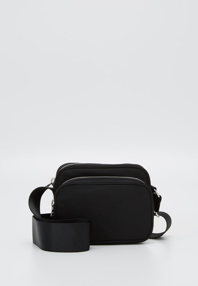 SUND CROSSBODY BAG - Olkalaukku - black