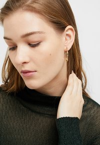 Weekday - COCO HOOPS - Earrings - gold-coloured - 1