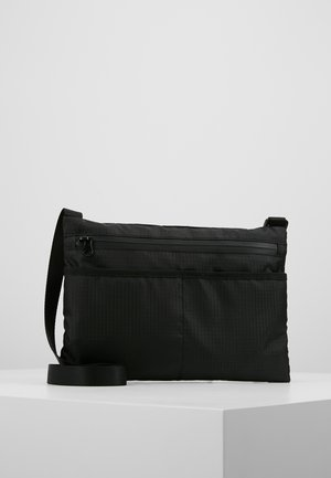 AVALON CROSSBODY BAG - Schoudertas - black