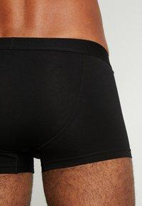 Weekday - DYLAN TRUNKS 3 PACK - Underkläder - black - 2
