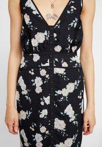 We are Kindred - MIA MAXI DRESS - Maxikleid - black camellia - 4