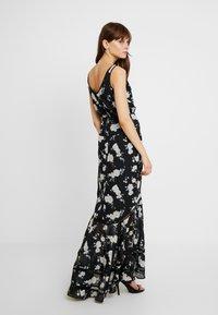 We are Kindred - MIA MAXI DRESS - Maxikleid - black camellia - 2