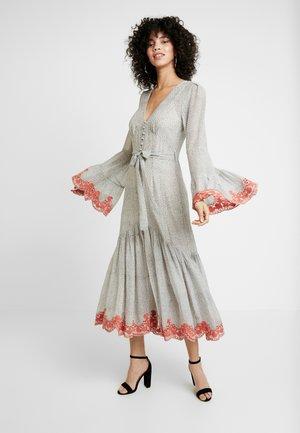 ARGENTINA SHIRT DRESS - Robe d'été - flamenco