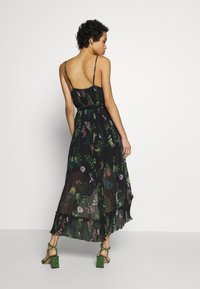 We are Kindred - FRANKIE PLEATED DRESS - Maxi šaty - black delphinum - 2