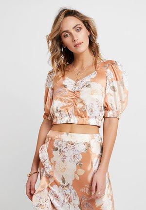 FRENCHIE - Bluser - peach blossom