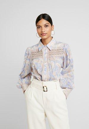 SORRENTO BLOUSE - Button-down blouse - cornflower