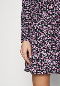 Wednesday's Girl - LONG SLEEVE MINI SMOCK DRESS - Trikoomekko - pink - 5