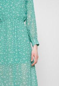 Wednesday's Girl - HIGH NECK ELASTICATED WAIST RAGLAN SLEEVE DRESS - Day dress - de-ja-vu green - 5