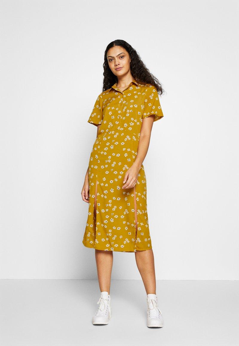 Wednesday's Girl - DROP SHOULDER BALLOON SLEEVE MINI DRESS - Shirt dress - beige