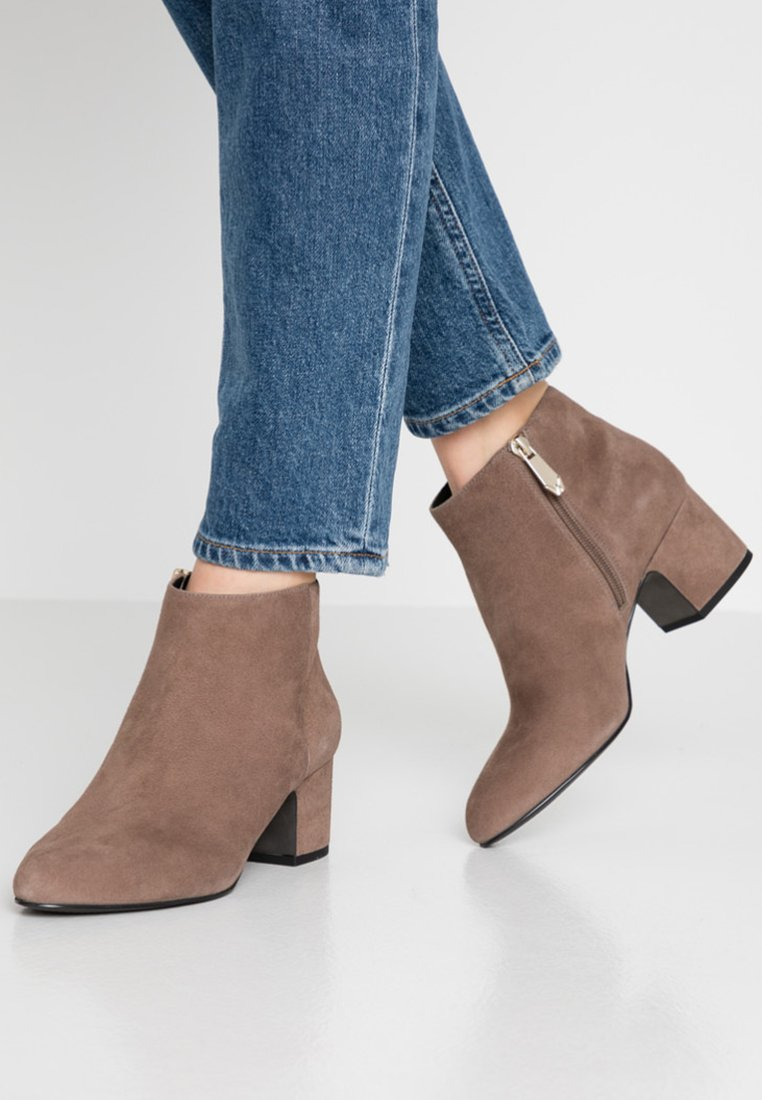 What For - FIRMA - Boots à talons - light grey