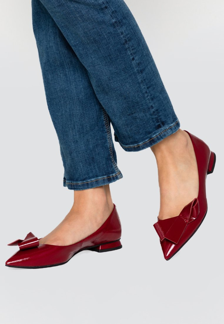What For - GABRIELLA - Ballet pumps - red