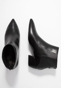 What For - FERDINAND - Boots à talons - black - 2