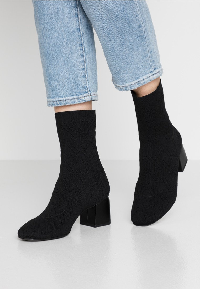 What For - LYKEA - Classic ankle boots - black