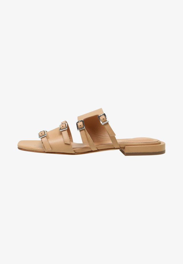 MAL - Sandals - light camel