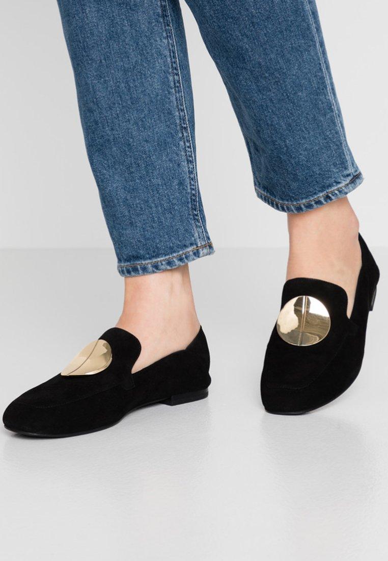 What For - Slipper - black
