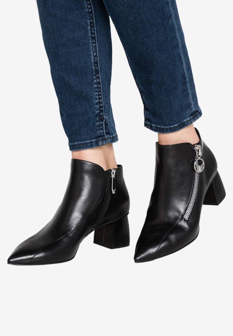 What For - Boots à talons - black