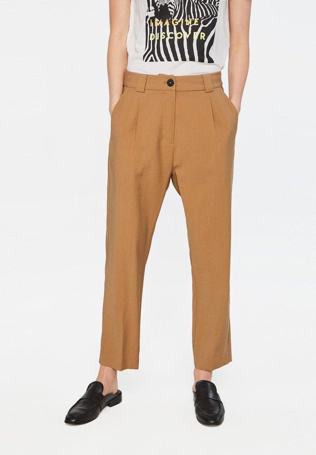 TOMA - Broek - light brown