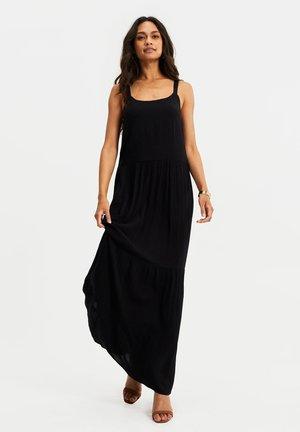 VAN CRINKLEKWALITEIT - Robe longue - black