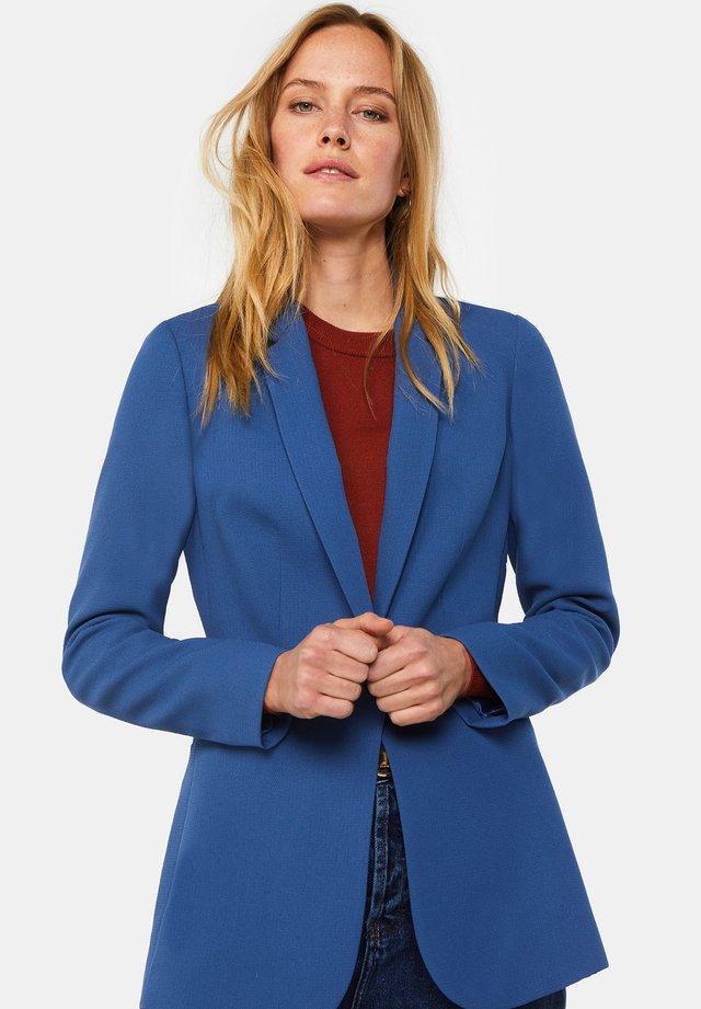 MIT STRUKTURMUSTER - Halflange jas - blue