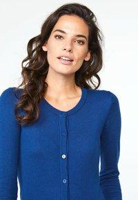 WE Fashion - Gilet - blue - 3