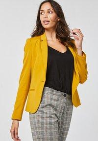 WE Fashion - Blazer - yellow - 3